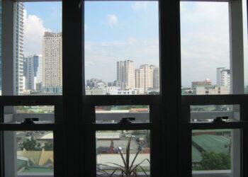 Condo For Rent at Kapitolyo, Pasig